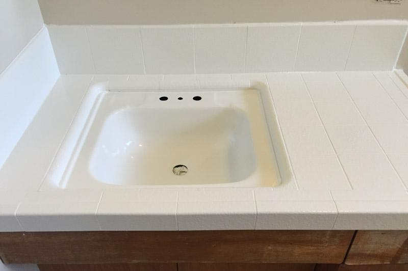 After - Old Sink - Chips Repaired Staining Removed - Bathtub Refinishers - Chico, CA